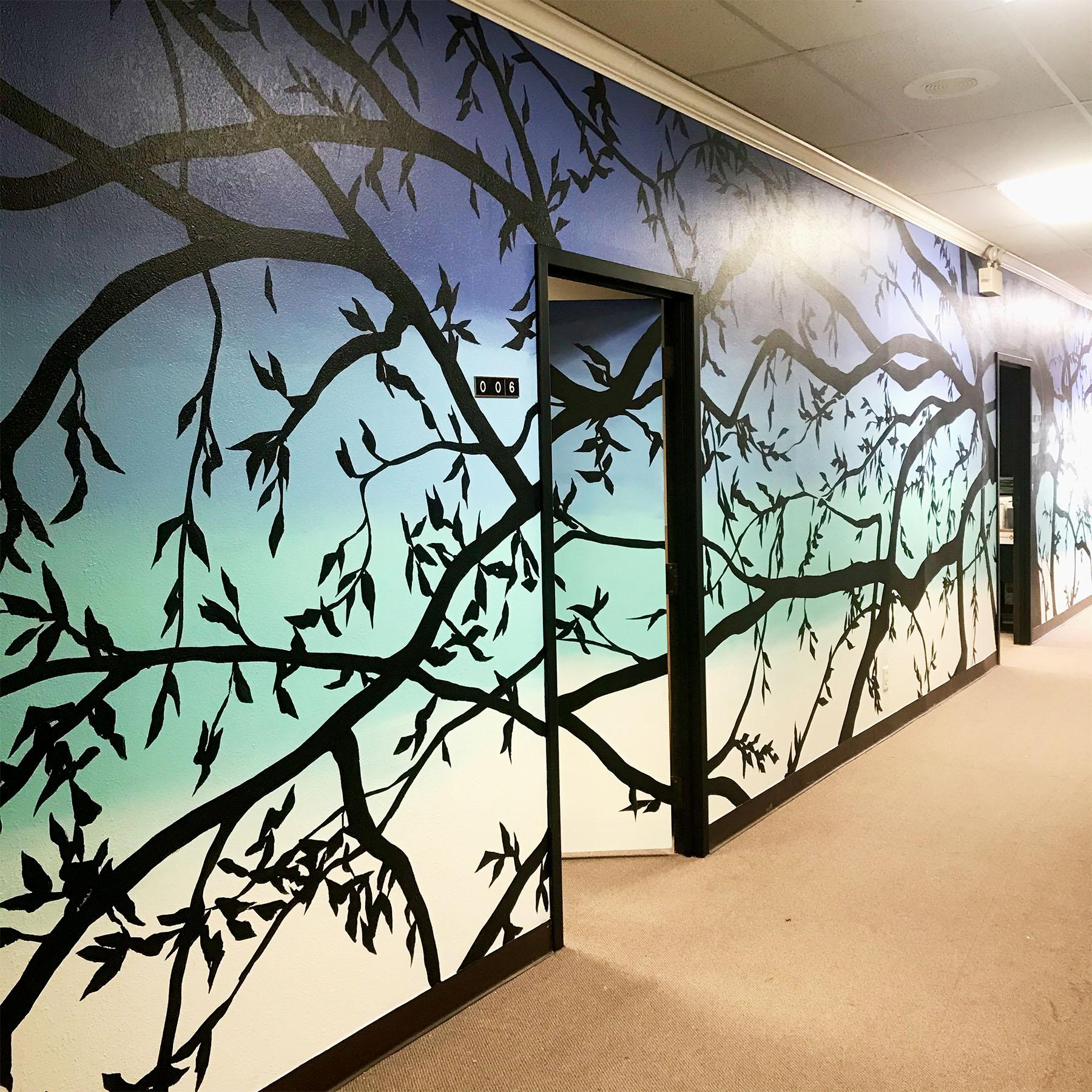 hombre tree - tree mural - custom mural - mural - Dace Kidd - Mural Artist Tx