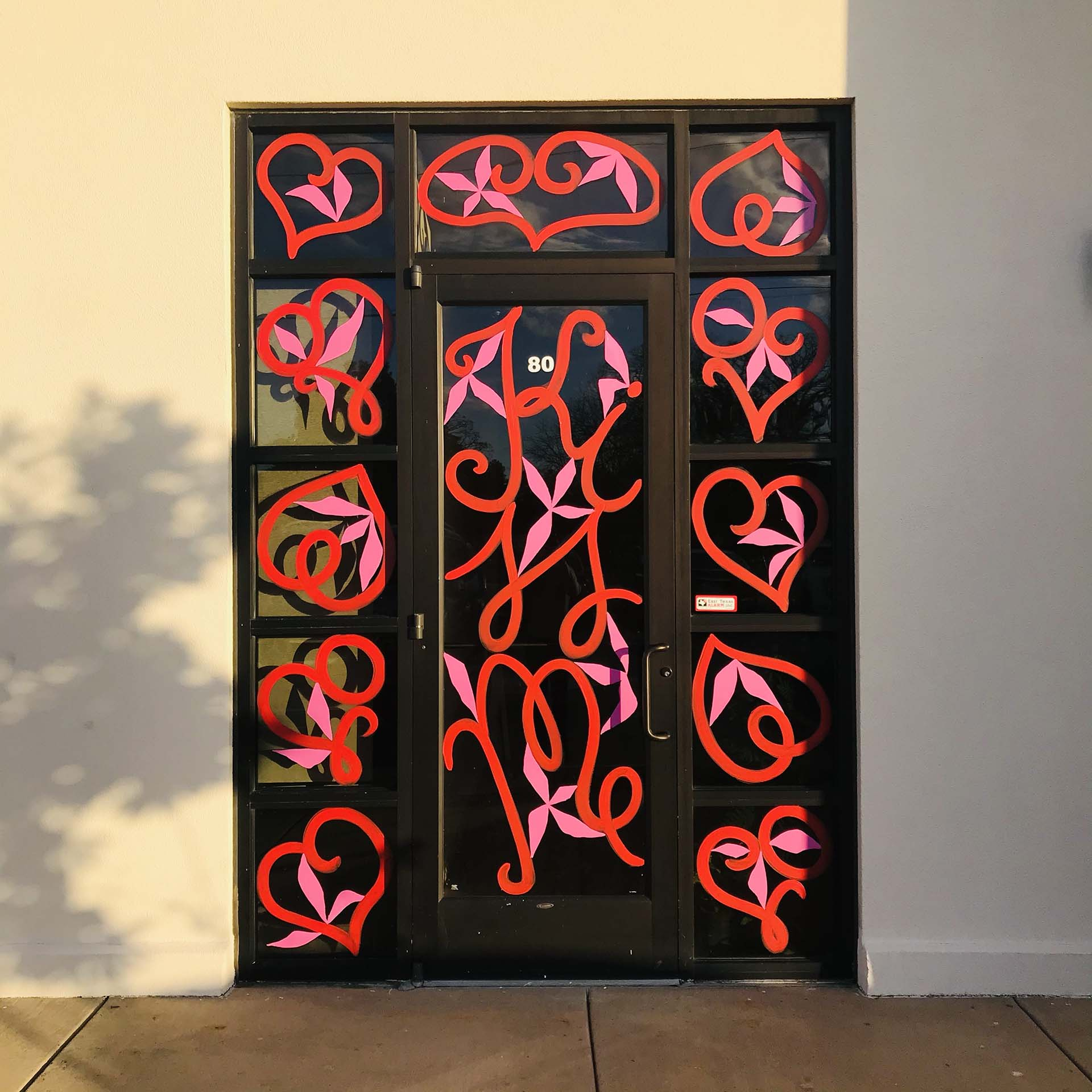 st valentines - window painting - Dace Kidd - Mural Artist Tx